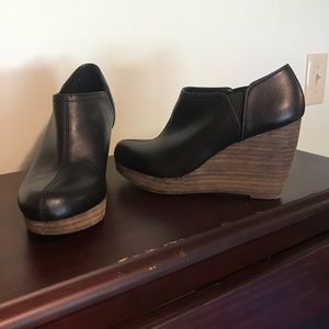 Dr. Scholl's Memory Foam Cool Fit size 6 Wedges